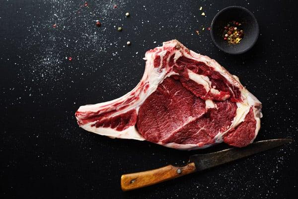Réduire sa consommation de viande contre les coliques néphrétiques