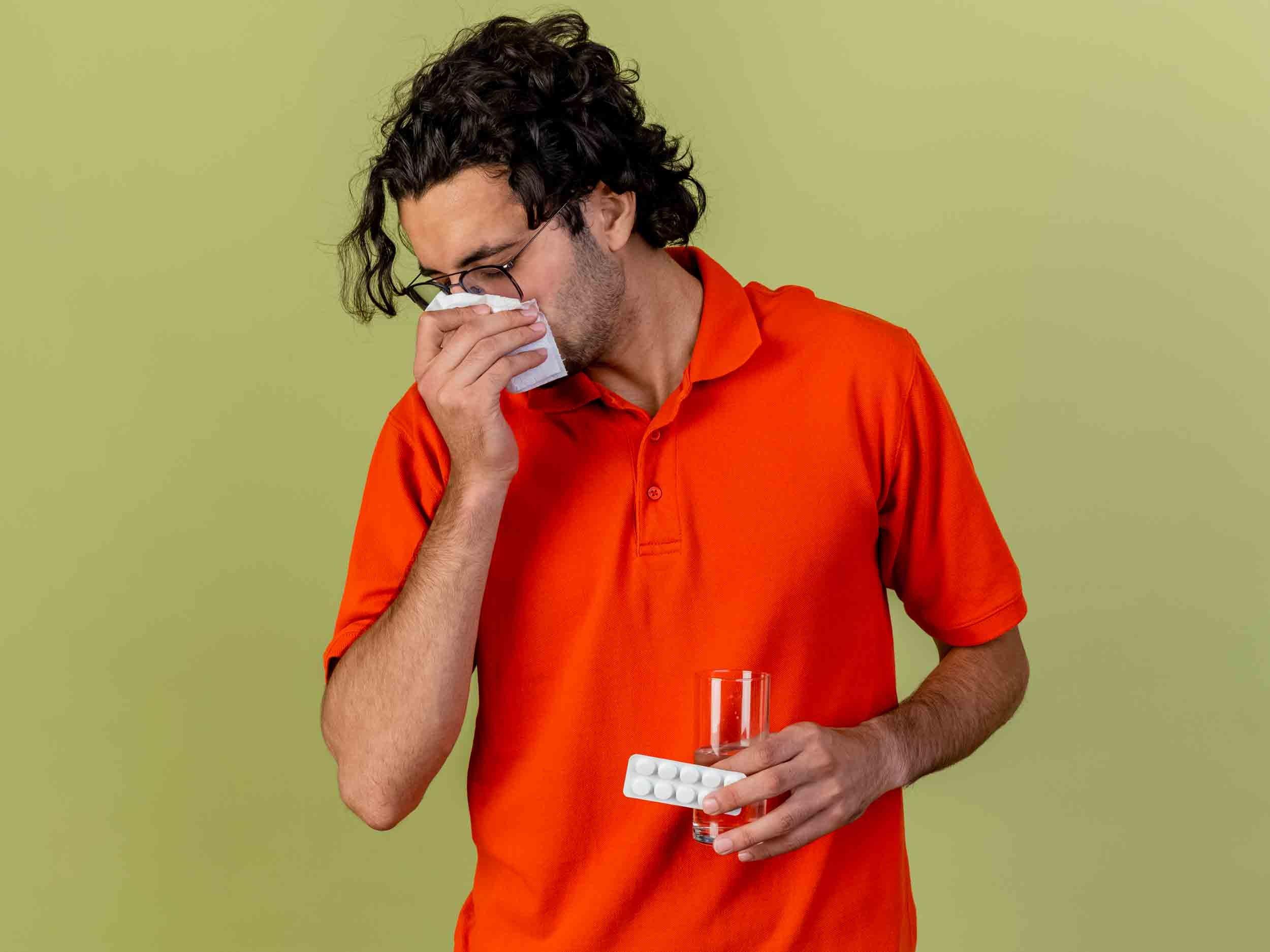 Le traitement de la rhinopharyngite passe par des lavages de nez