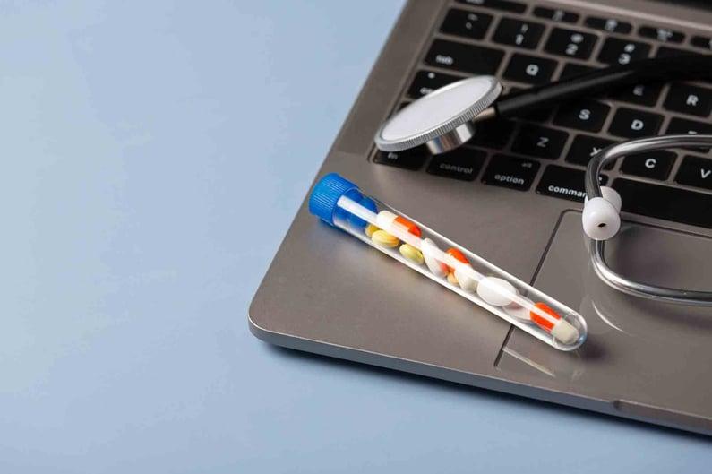 le renouvellement d'ordonnance lors d'une consultation en ligne